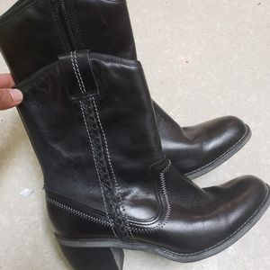 Hush puppies cowboy style waterproof leather boots